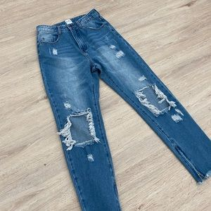 PRINCESS POLLY HIGH WAISTED JEANS RIPPED